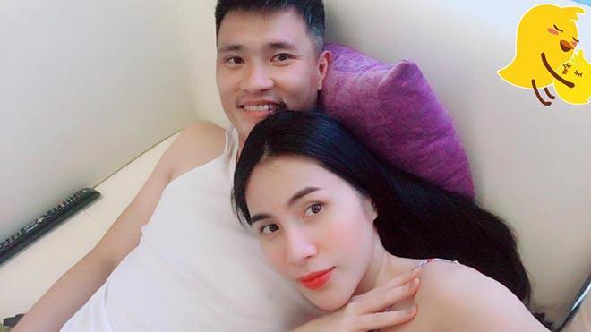 Thủy Tiên khoe dáng khi diện bikini gợi cảm - Ảnh 9.