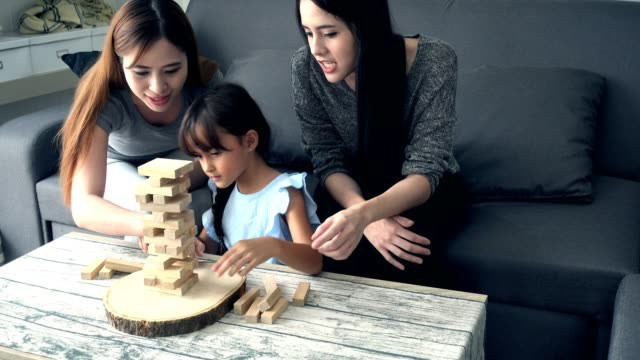 """Nanny - Công việc """"trông trẻ cao cấp"""" bỗng dưng hot, nhiều người xem đây là giải pháp thay mình đưa trẻ đến trường khi quá bận - Ảnh 2."""