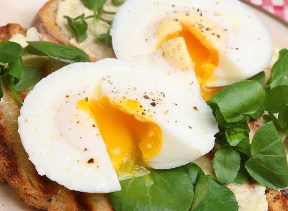 Hiệu quả giảm cân không ngờ của trứng gà - Ảnh 3.