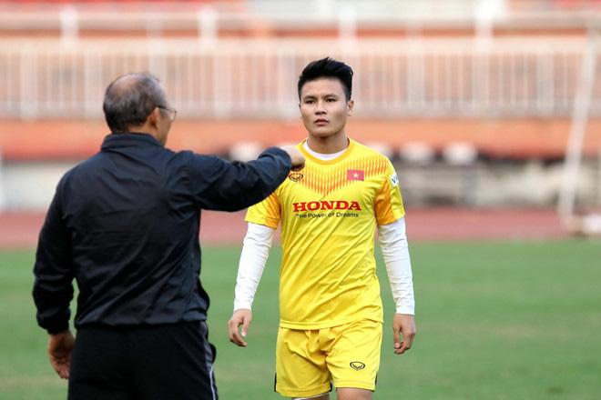 Cựu tuyển thủ Quốc Vượng cảnh báo U23 Việt Nam tại VCK U23 châu Á - Ảnh 1.