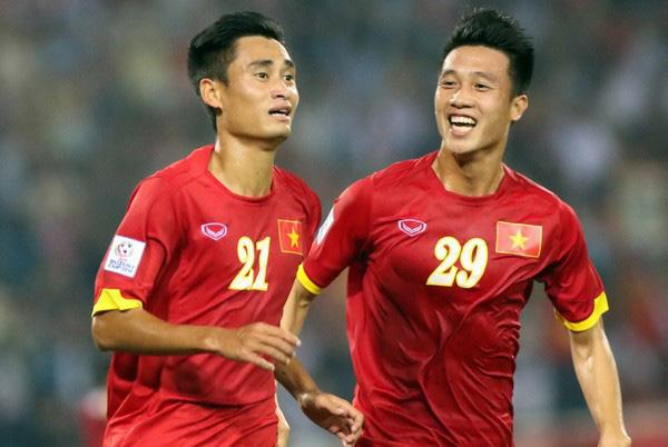 Cú lật bài kinh điển đưa Việt Nam lên ngôi vô địch của HLV Park Hang-seo - Ảnh 2.