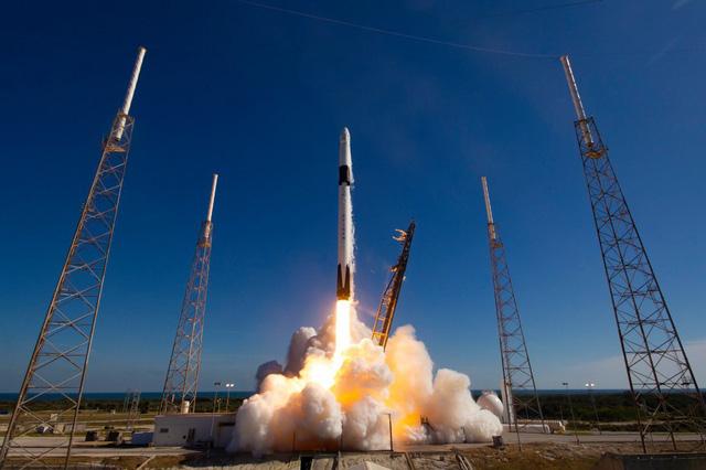 Phát hiện tiểu hành tinh vàng trị giá gần 10.000 triệu tỷ USD có thể biến tất cả mọi người thành tỷ phú, NASA thuê Elon Musk thám hiểm vào năm sau - Ảnh 1.