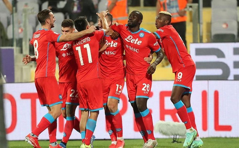 Napoli ngược dòng, toàn thắng 7 vòng mở màn Serie A