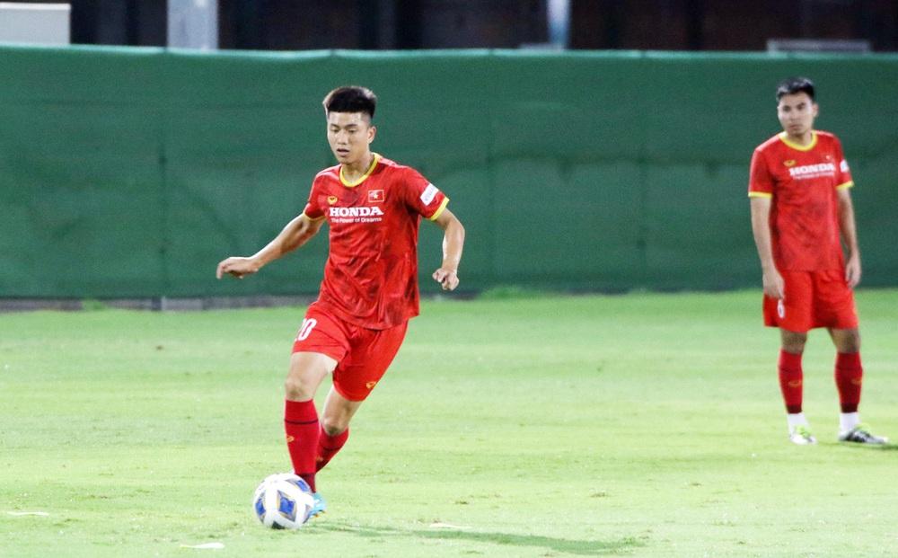 Trò cưng báo tin vui cho thầy Park, sao HAGL hừng hực quyết tâm đấu Trung Quốc