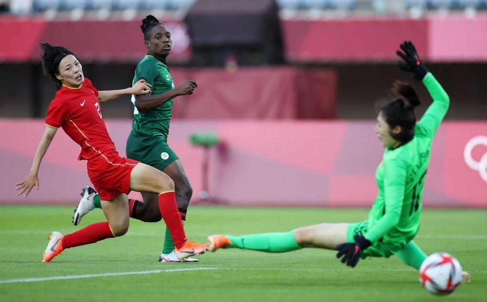 Mất điểm gây sốc trước đội bóng vô danh, tuyển Trung Quốc