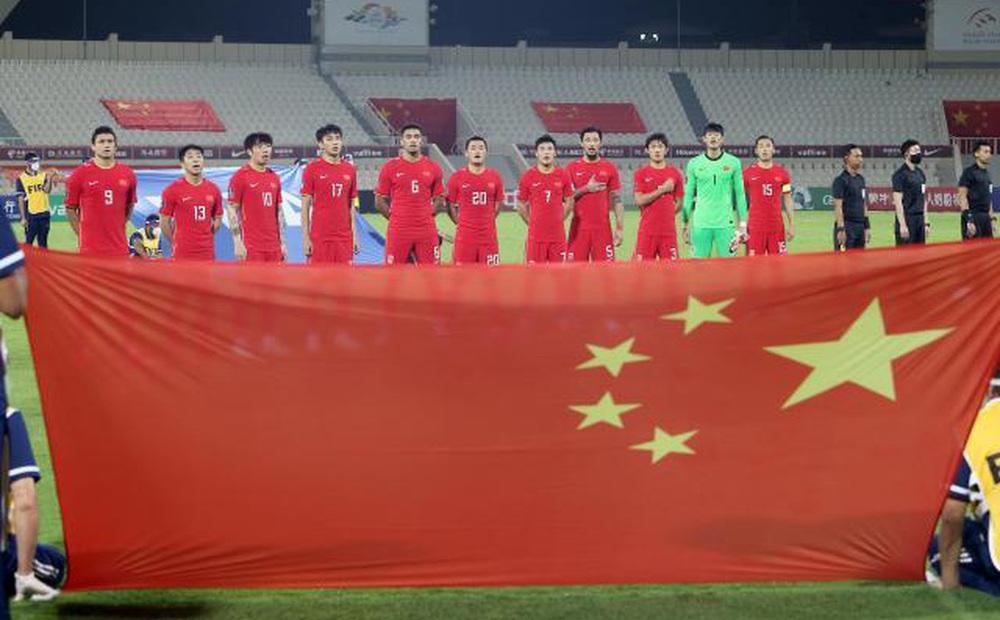 Trung Quốc chi mạnh tay, tính thuê sân bóng có cả điều hòa để tiếp đón tuyển Việt Nam