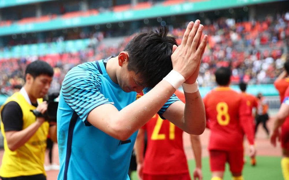 """Báo Trung Quốc: """"Tuyển Trung Quốc thất bại, người buồn nhất chính là… chủ tịch FIFA"""""""