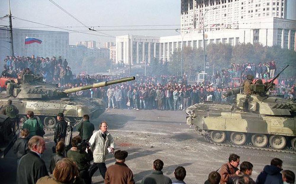 """Vì sao Đặc nhiệm """"Alpha"""" đã từ chối thực hiện mệnh lệnh giết người của Yeltsin?"""