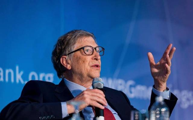 Bill Gates cho rằng sự lây lan nhanh chóng của coronavirus là một phần lỗi của Facebook