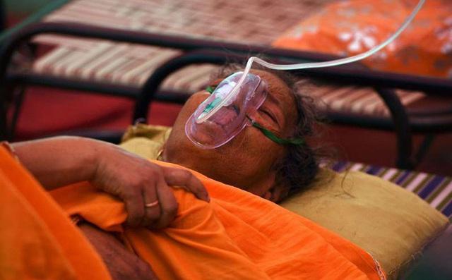 Mỗi phút có 2 người chết: Nếu Ấn Độ không được cứu, có ít nhất 6 vấn đề ảnh hưởng xấu đến toàn thế giới