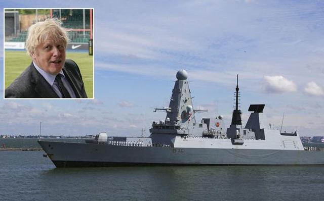 Thủ tướng Anh đích thân ra lệnh cho Tàu HMS người bảo vệ thuộc Hải quân Anh đi vào vùng biển ngoài khơi Crimea