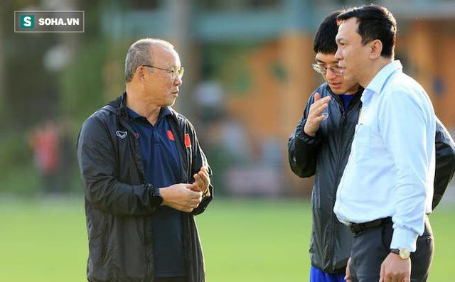 Heerenveen vất vả giành 1 điểm, HLV Park Hang-seo thêm lo lắng về Đoàn Văn Hậu