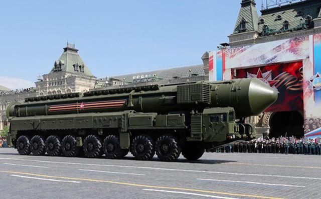 """Sốc: Lực lượng hạt nhân Nga đủ sức """"san bằng"""" Mỹ ít nhất 10 lần?"""