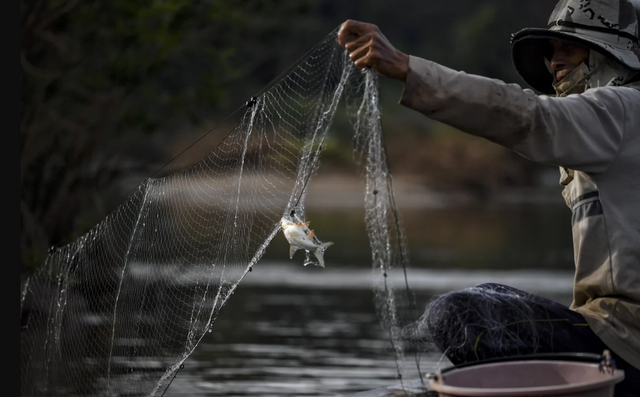 Sông Mê Kông hạn hán vì