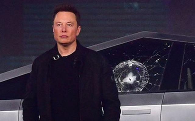 Đối phó với Covid-19, Elon Musk 'siết' lương nhân viên để cắt giảm chi phí