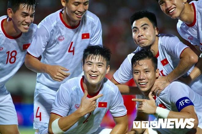 Bùi Tiến Dũng: Tuyển Việt Nam chủ quan, bàn thua Indonesia là lỗi hệ thống - Ảnh 1.