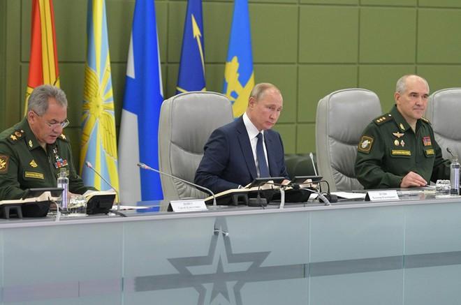 Kích hoạt cùng lúc cả bộ 3 hạt nhân: Sức mạnh răn đe của Nga đã sẵn sàng - Ảnh 1.