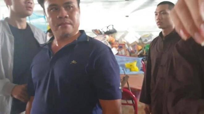 Nhóm người xông vào tịnh thất Bồng Lai đánh người, nghi trộm tài sản ở Long An khai gì? - Ảnh 3.
