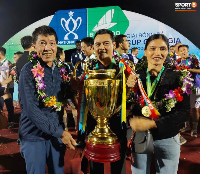 Từ Hà Lan, Văn Hậu cùng hưởng niềm vui vô địch với Hà Nội FC bằng cách đặc biệt này - Ảnh 3.