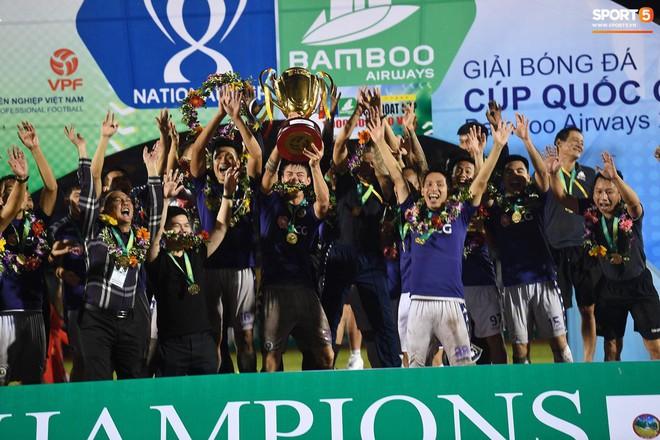 Từ Hà Lan, Văn Hậu cùng hưởng niềm vui vô địch với Hà Nội FC bằng cách đặc biệt này - Ảnh 7.