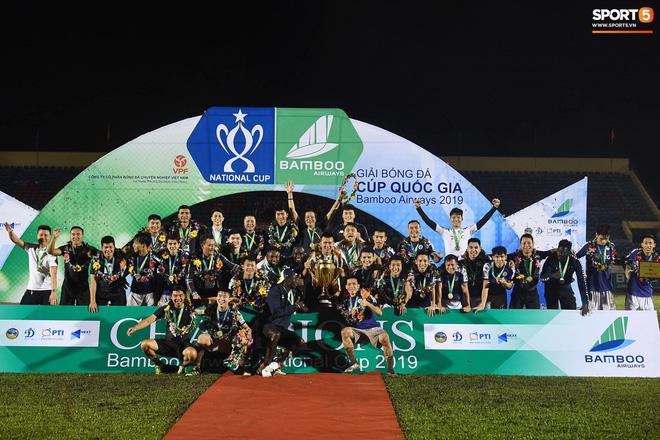 Từ Hà Lan, Văn Hậu cùng hưởng niềm vui vô địch với Hà Nội FC bằng cách đặc biệt này - Ảnh 9.