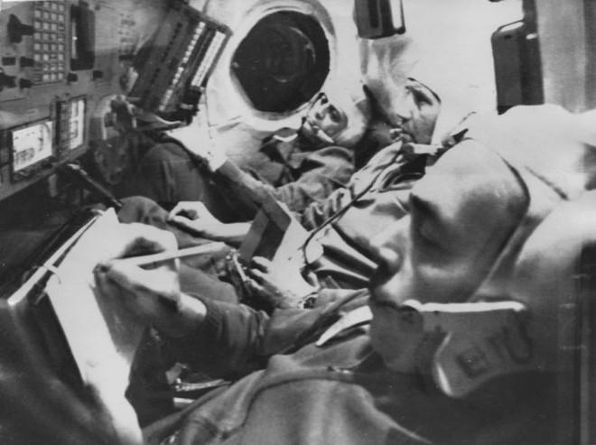 Những sự cố đáng tiếc của các cuộc du hành vũ trụ trong lịch sử - Ảnh 7.