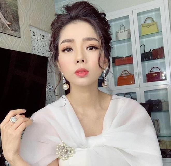 Nghệ sĩ Việt sở hữu mức cát-xê cao khủng khiếp cỡ nào? - Ảnh 5.