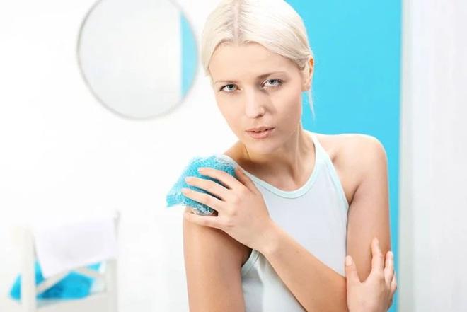 10 mẹo giúp đánh tan các vết bầm tím - Ảnh 7.