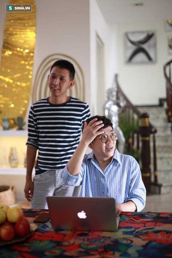 Đạo diễn Huỳnh Tuấn Anh: Nhiều lúc tôi thấy anh Thành Lộc như bị khùng - Ảnh 1.