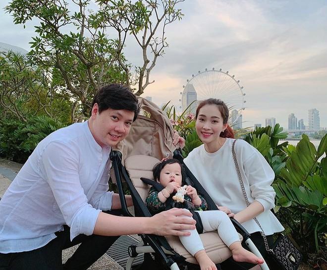 Ngoài Cường Đô la - Đàm Thu Trang, showbiz Việt không thiếu những cặp chân dài - đại gia hạnh phúc với cuộc sống gia đình bình yên - Ảnh 5.
