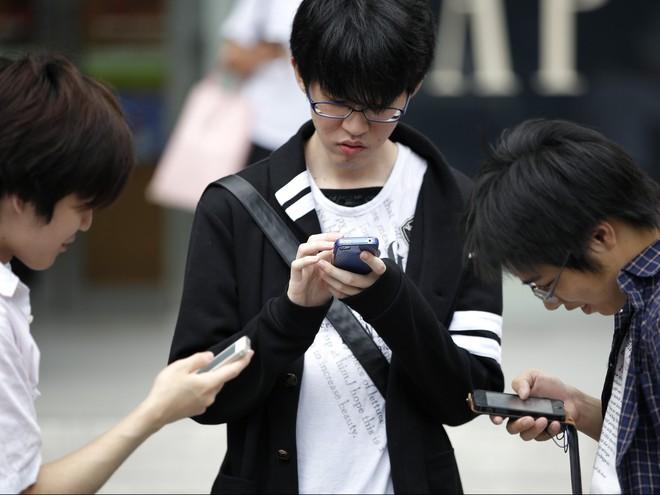 Loạt tuyệt chiêu cai nghiện điện thoại hay ho của các phụ huynh Tây, cha mẹ Việt rất nên tham khảo - Ảnh 7.