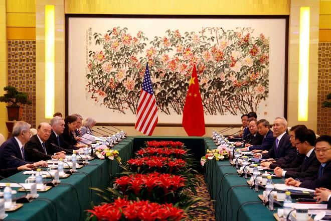 Trèo cao, ngã đau: Siêu tham vọng của Trung Quốc dễ đổ bể vì loạt đòn áp lực quá lợi hại của ông Trump - Ảnh 2.