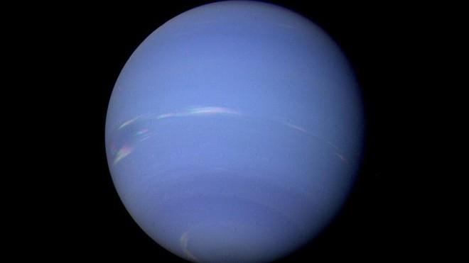 Những kiểu thời tiết lạ lùng trên các hành tinh ngoài Trái Đất - Ảnh 6.