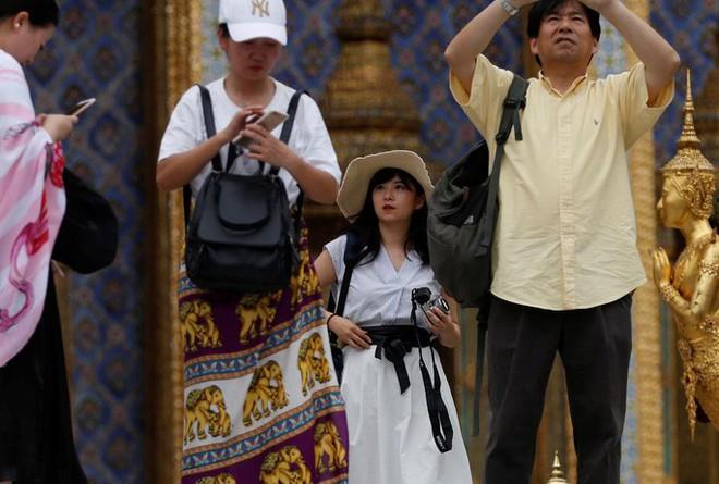 """Vì sao du khách Trung Quốc trở thành """"nỗi ám ảnh"""" toàn cầu? - Ảnh 4."""