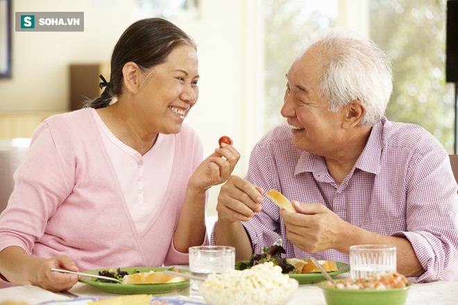 6 lợi ích của việc già đi: Đây là lý do dù lớn tuổi hơn thì con người vẫn rất hạnh phúc - Ảnh 2.