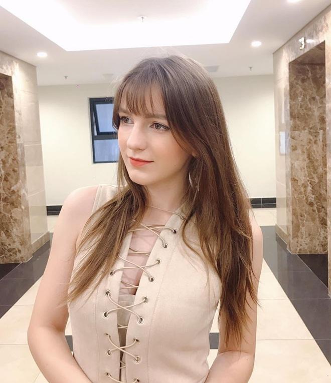 Xôn xao vụ lộ clip nóng, nữ DJ Ukraine nổi tiếng ở VN suy sụp và bức xúc - Ảnh 6.