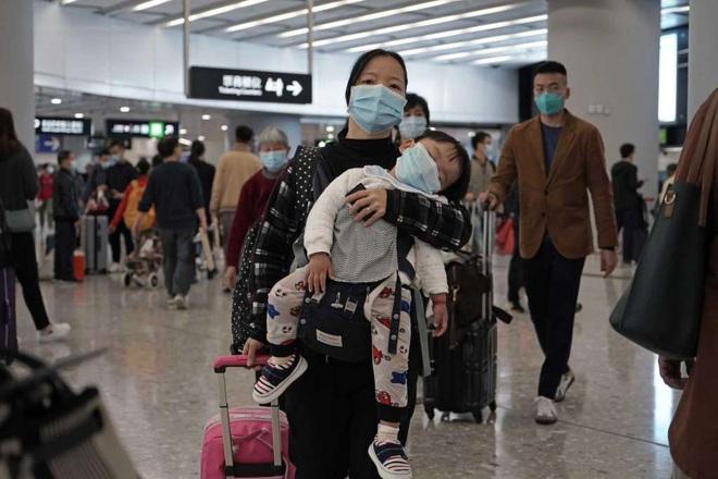 Virus nCov lan ra 29/31 tỉnh thành TQ: Thời gian vàng đã qua, hình ảnh ở Vũ Hán làm chuyên gia khiếp sợ - Ảnh 3.