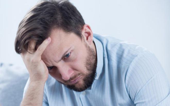 Nguyên nhân làm suy giảm sức khỏe nam giới - Ảnh 1.