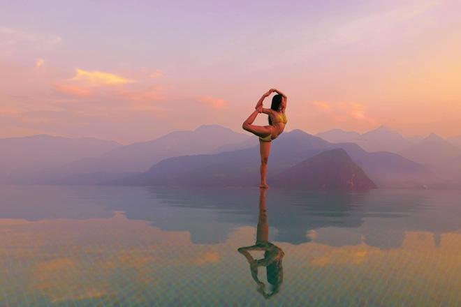 img8561 15851270970131730688315 - Bộ ảnh tập Yoga vòng quanh thế giới tuyệt đẹp, danh tính của nhân vật chính còn gây bất ngờ hơn