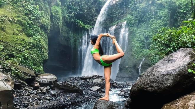 img8575 1585127492867296145314 - Bộ ảnh tập Yoga vòng quanh thế giới tuyệt đẹp, danh tính của nhân vật chính còn gây bất ngờ hơn