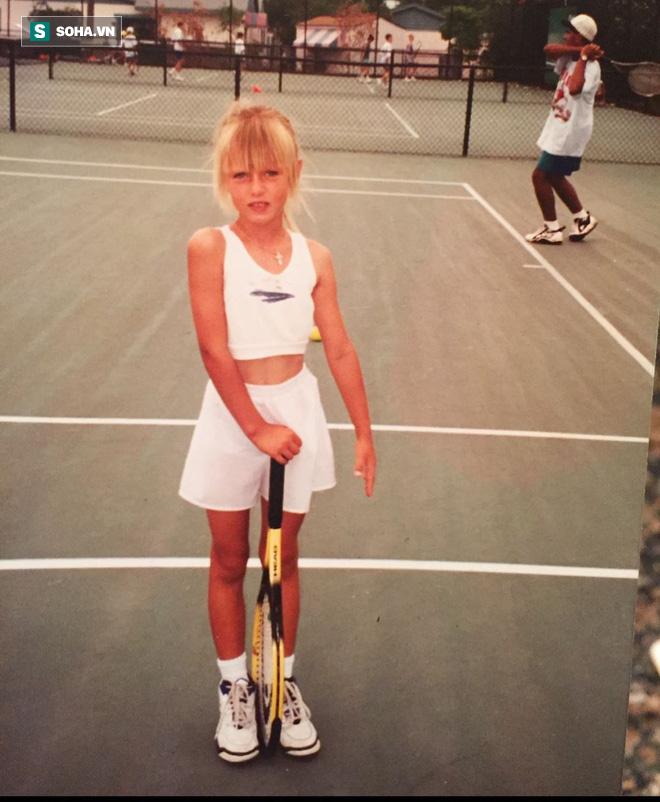 Chơi dại mùa Covid-19, Maria Sharapova nhận cái kết ấm lòng trước ngày công khai bí mật - Ảnh 4.