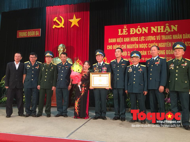"""Tên lửa A72 """"Mũi tên xanh"""" bí mật của PK Việt Nam lập kỳ tích diệt máy bay Mỹ Ngụy"""
